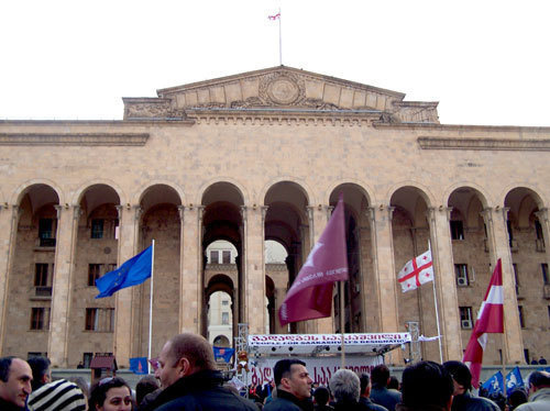 "The opposition rally at the Parliament of Georgia. Tbilisi, April 9, 2009. Photo by ""Caucasian Knot"""
