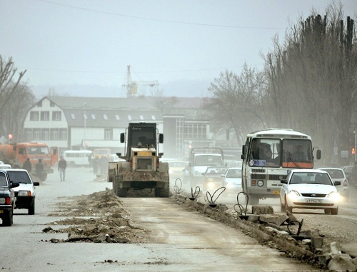 Road construction in Grozny, 2011. Photo from fc-terec.ru
