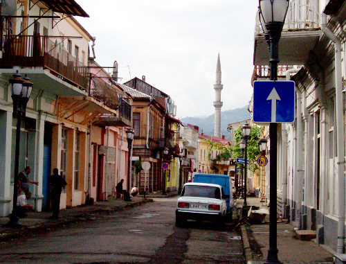 Old Batumi, a street opening to a minaret. Photo by Joe Coyle, www.flickr.com/people/onbangladesh