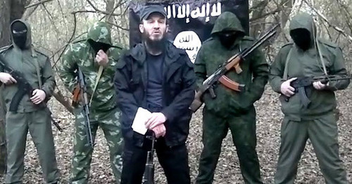 Suleiman Zailanabidov (in the centre). Screenshot from the video posted by Suleiman Amir, www.youtube.com.