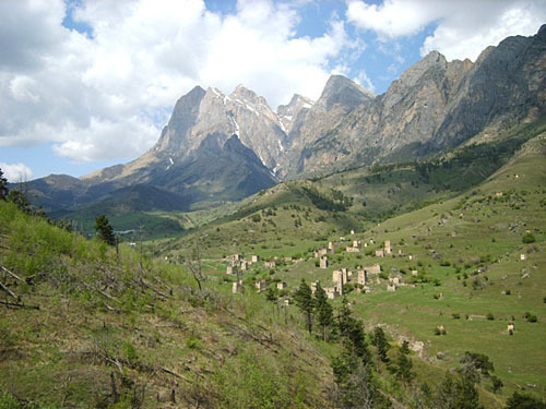 Ingushetia, Tsey-Loam. Photo by http://ru.wikipedia.org