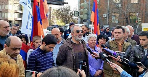 "The protest action of the members of the ""Founding Parliament"". Yerevan, April 7, 2015. Photo: Founding Parliament https://vk.com/pre.parliament"