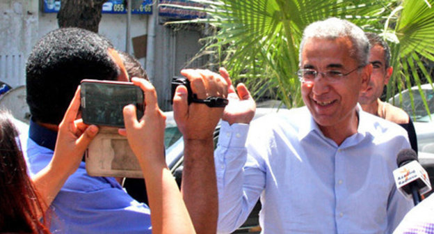 Detention of Intigam Aliev (right), Baku, August 8, 2015. Photo by Aziz Karimov for the 'Caucasian Knot'.