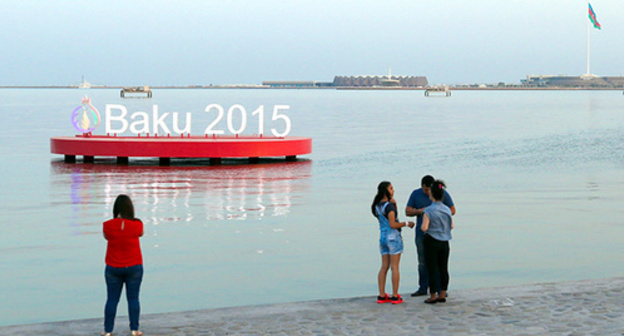 "Inscription in the shore of the Caspian sea ""Baku 2015"". Photo by Aziz Karimov for the ""Caucasian Knot"""