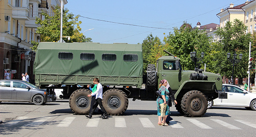 Military vehicle in Grozny street. Photo by Magomed Magomedov for the 'Caucasian Knot'.