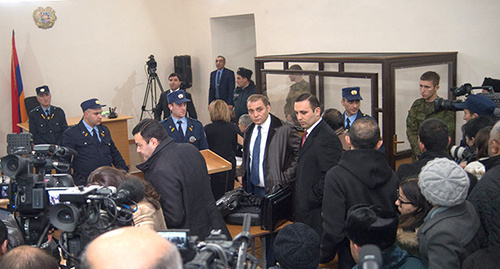 The first session of the court that considers the murder in Gyumri of seven members of Avetisyan family. Photo: Sputnik, http://sputnikarmenia.ru/armenia/20151218/1427096.html