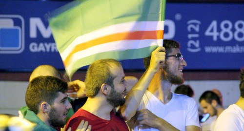 Participants of the rally in support of Erdogan in Istanbul hold Chechen flag. Photo by Magomed Tuayev for the 'Caucasian Knot'.