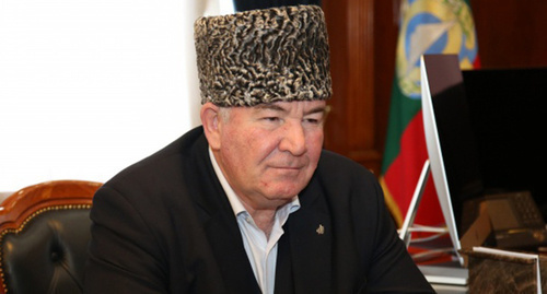 Ismail Berdiev, Chairman of the Muslim Coordination Centre of Northern Caucasus. Photo:  http://kchr.ru/news/detailed/28811/