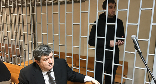 Zhalaudi Geriev and advocate Alaudi Musaev. Photo by Patimat Makhmudova for the 'Caucasian Knot'.
