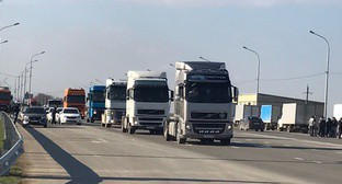 Rally of truck drivers in Dagestan, March 28, 2017. Photo by Patimat Makhmudova for the 'Caucasian Knot'.