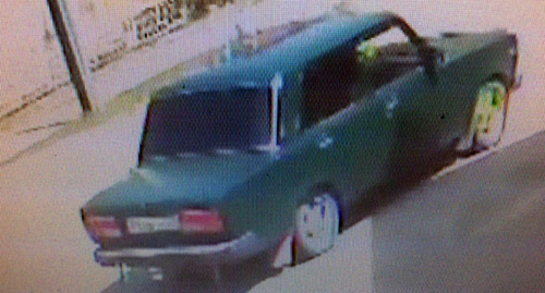 Photo of the alleged kinappers' car, http://bloknot-rostov.ru/news/trekhletnego-malchika-pokhitili-i-uvezli-v-neizves-842434?sphrase_id=263078