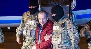 Extradition of Alexander Lapshin. Photo by Aziz Karimov for the Caucasian Knot.