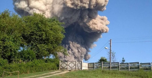 Explosion at ammunition depot in Abkhazia, August 2, 2017. Photo is provided by local resident Pavel Otyrba: http://sputnik-abkhazia.ru