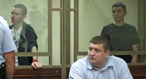 "Advocate Sergei Moskovkin and the defendants Arthur Panov and Maxim Smyshlyaev during the delivery of the judgement. August 11, 2017. Photo by Konstantin Volgin for ""Caucasian Knot"""