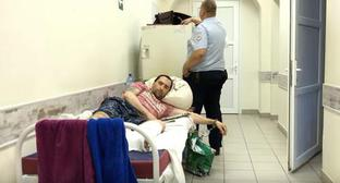 Alexander Batmanov in the hospital in Volgograd. July 2017. Screenshot of the video by the user NGO TV https://www.youtube.com/watch?time_continue=122&amp&#59;v=aGAqpCpUyCY