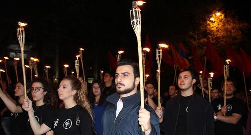 Torchlight procession dedicated to the memory of Armenian Genocide victims, April 23, 2017, Yerevan. Photo by Tigran Petrosyan for the Caucasian Knot.
