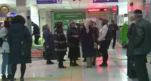 Meeting of the militants' relatives at the Grozny Airport. Photo: screenshot of the video https://www.instagram.com/p/BbcngYfHsgk/?taken-by=kadyrov_95