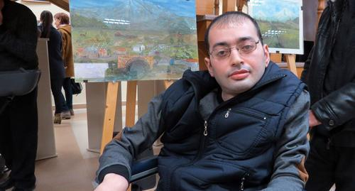 Eric Pogosyan, patient of the rehabilitation centre in Stepanakert. Photo by Alvard Grigoryan for the Caucasian Knot.