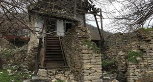 "The building of the XIXth century in the village Tyak of the Gudrut Region of Nagorno-Karabakh. Photo by Alvard Grigoryan for the ""Caucasian Knot"""