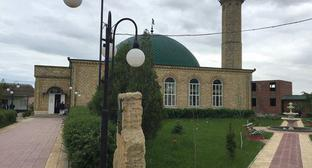 The mosque in Omarov Street in Makhachkala. Photo from the official website of the mosque https://www.facebook.com/masjid.Tangim/photos/a.308561295979016.1073741827.304761999692279/764104840424657/?type=3&amp&#59;theater
