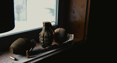 Grenades at the window. Photo from website pixabay.com