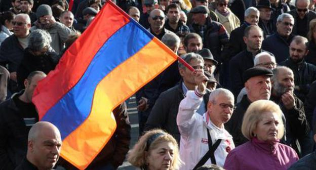 Opposition rally in Freedom Square in Yerevan. Photo by Tigran Petrosyan for the Caucasian Knot