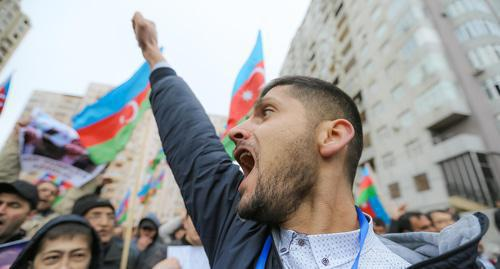 Participant of a rally against the results of presidential election in Azerbaijan, Baku, April 14, 2018. Photo by Aziz Karimov for the Caucasian Knot.