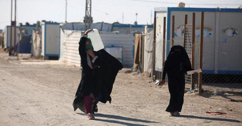 Women in a refugee camp in Iraq. Photo: REUTERS/Khalid al-Mousily