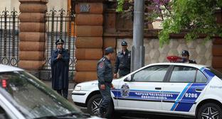 Police at the Parliament of Armenia. Photo by Tigran Petrosyan for the Caucasian Knot