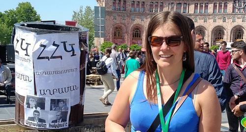 Lene Vetteland in Republic Square in Yerevan during rally on April 25, 2018. Photo by Grigory Shvedov for the Caucasian Knot.