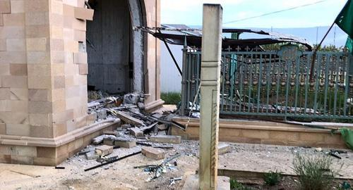 Aftermath of the explosion in the room for ziyarat near the grave of Sheikh Said of Chirkei in Dagestan. Photo: Bell Boyarov http://midag.ru/new/v_dagestane_vzorvali_ziyarat_sheykha_saida_afandi_chirkeyskogo_-25329/