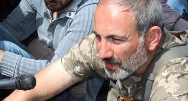 "Nikol Pashinyan at the protest actions. Yerevan, April 2018. Photo by Tigran Petrosyan for the ""Caucasian Knot"""