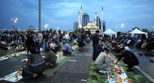 Guests of all-nation iftar in Grozny. Photo by Musa Sadulaev