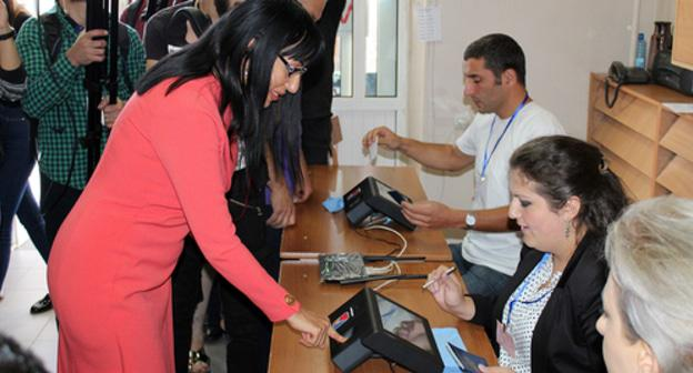 Voting in Yerevan. Photo by Tigran Petrosyan for the Caucasian Knot