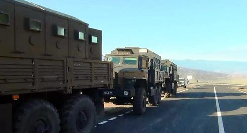 Military vehicles that blocked the Buynaksk Pass. Photo http://nac.gov.ru/kontrterroristicheskie-operacii/v-hode-kto-v-dagestane-neytralizovan-okazavshiy.html