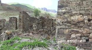 The village of Khaibakh. Photo: screenshot of the video by the user Shaiman Bocharova. Argun museum-reserve https://www.youtube.com/watch?v=wrwS4uQkesM