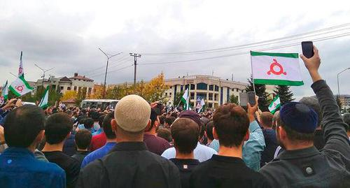 "A rally near the Parliament of Ingushetia on October 4, 2018. Photo by Umar Yovloy for the ""Caucasian Knot"""