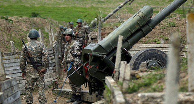 At the contact line in Nagorno-Karabakh. Photo: REUTERS/Staff