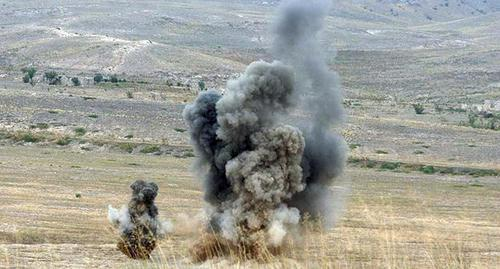 Explosion. Photo: press service of the Ministry of Defence of Nagorno-Karabakh, http://nkrmil.am/gallery/photos/view/18