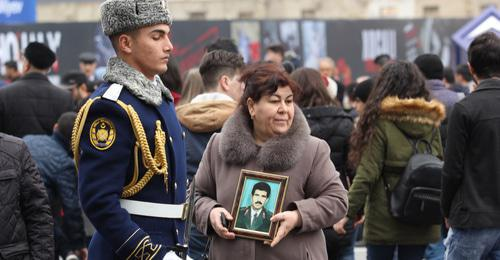 Participants of mourning events in memory of the victims of the Khojaly tragedy, Baku, February 26, 2018. Photo by Aziz Karimov for the Caucasian Knot