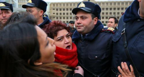 Khadija Ismayilova joins protest action in Baku, March 8, 2019. Photo by Aziz Karimov for the Caucasian Knot