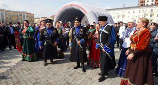 A rally held on the occasion of the anniversary of the Crimea's annexation, held in Grozny. Photo by Musa Sadulaev/IA Grozny Inform, http://www.grozny-inform.ru/news/society/106748/