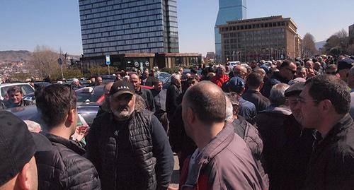 Protest action of taxi drivers in Tbilisi, March 27, 2019. Photo by Beslan Kmuzov for the Caucasian Knot