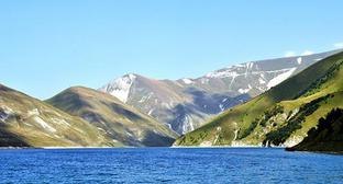 Lake Kezenoyam in Dagestan. Photo: Ras.sham https://ru.wikipedia.org