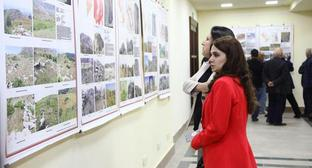 "A photo exhibition in Stepanakert. Photo by Alvard Grigoryan for the ""Caucasian Knot"""