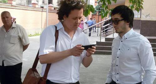 "Albert Khamkhoev (on the left) with his advocate. Photo by Umar Yovloy for the ""Caucasian Knot"""