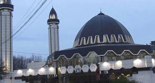 Mosque in Nalchik. Screenshot from video posted by Alexander Gordienko at https://www.youtube.com/watch?v=KhOMzwGAZcI
