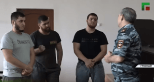 "The police condemns three residents of Chechnya for drinking alcohol. Screenshot of the video by the ""Grozny"" ChGTRK https://youtu.be/DmrIc4uA8tk"