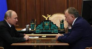 Vladimir Putin and Makhmud-Ali Kalimatov. Photo: Kremlin press service, http://kremlin.ru/events/president/news/60833