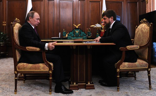 Vladimir Putin and Kamzan Kadyrov. Photo: press service of the Administration of the President of Russia, http://kremlin.ru/events/president/news/51567/photos/43701